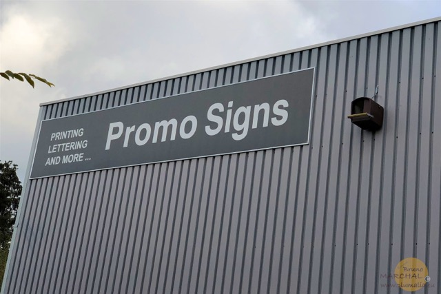 Nichoir Promo Signs 4 Plumalia