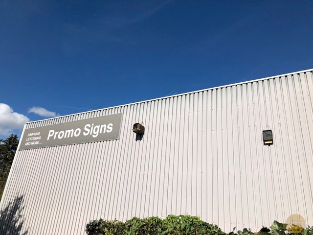 Nichoir Promo Signs 5 Plumalia
